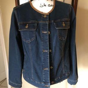 Chico's Denim Jacket size 1 (10)